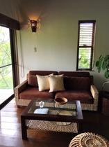 ウオータヒヤシンスのソファ