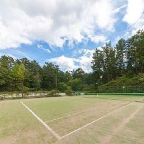 【スポーツ施設】テニスコート/富士の姿を眺めながら楽しめるアウトドアコート(有料)※イメージ