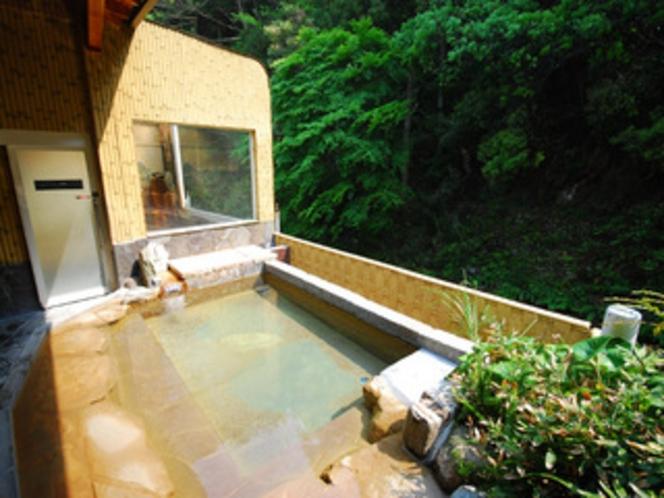 露天風呂です。
