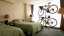 ◆【サービス】サイクルスタンド無料貸出し可能。大切な愛車は室内で保管。