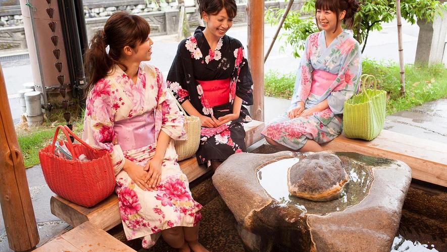 【無料】城崎温泉街には足湯スポットがたくさん!!