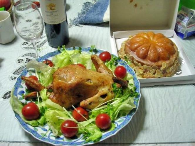 クリスマス限定料理なども