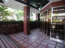 ホテル玄関入口