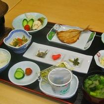 【朝食】地元産の食材を多く使用しているおいしい朝ごはん♪