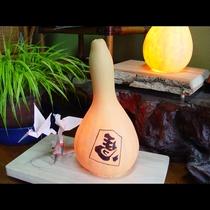 【館内】はたや自作のひょうたんランプ