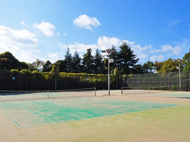 【テニスコート】2面ございます(利用時間9時~17時※有料)