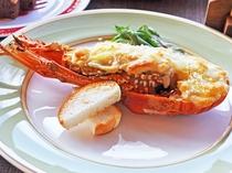 【夕食一例:きらめきプラン】魚料理(ロブスターのグラタン)
