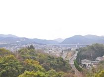 【和洋室メゾネット(海側)】寝室の4階和室からは山側の景色が望めます