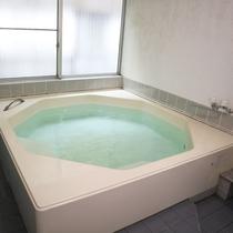*【大浴場一例】温泉ではございませんが、ゆったりとお寛ぎいただけます。