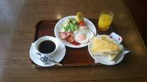*【朝食一例】スタンダードな洋朝食。一日を元気にお過ごし下さい♪