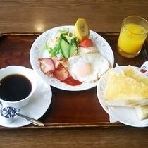 #【朝食一例】スタンダードな洋朝食。一日を元気にお過ごし下さい♪