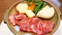 *【夕食一例~焼物~】お肉や魚など熱々をお召し上がりください♪