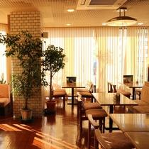*【レストラン(2F)】夕朝のお食事はこちらでご用意致します。