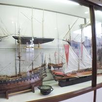 *【玄関ロビー】船の模型を展示しております