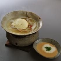 薬膳湯豆腐