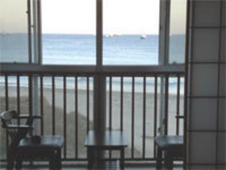 海が見える和室6畳・トイレ付