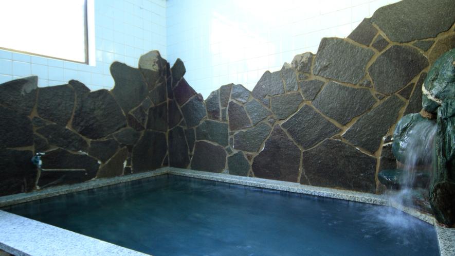 天然夕日が浦温泉源泉100%使用です。美肌の湯とも言われています