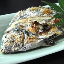 イシダイ塩焼き