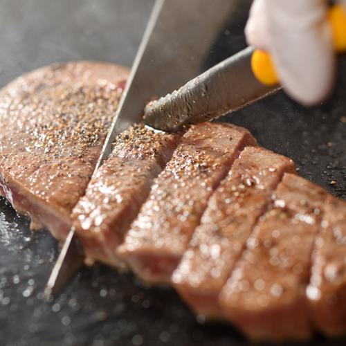 【楽天】夕食バイキング ステーキ