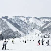 ■キッズ~シニアまで幅広い世代で楽しめる白馬五竜スキー場