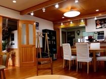 喫茶 オルタンシア 店内