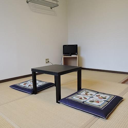 *【和室一例】別館にある8畳の和室タイプ。本館とは渡り廊下で繋がっています。