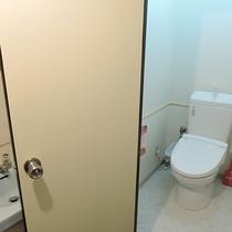 *【共用トイレ】洗浄機能付で使い勝手抜群!常に清潔を保っております。