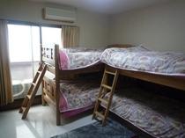 201・202・203号室 4人部屋