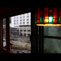 【湯畑側】特別室18畳からの風景