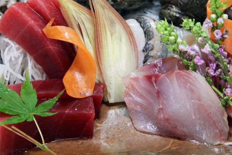 【ご夕食 一例】・・・天然地魚お造り盛り合わせプラン ≪天然地魚お造り盛り合わせ≫