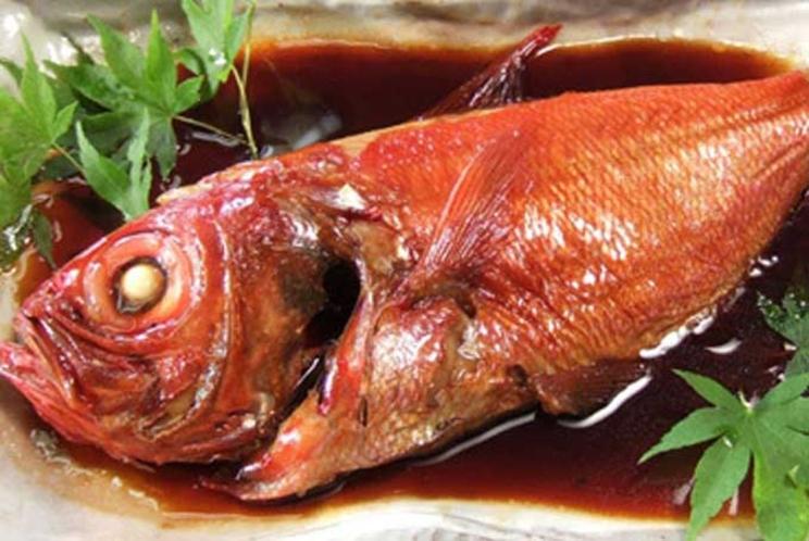 【ご夕食 一例】・・・豪華海鮮三昧プラン ≪金目鯛煮付≫