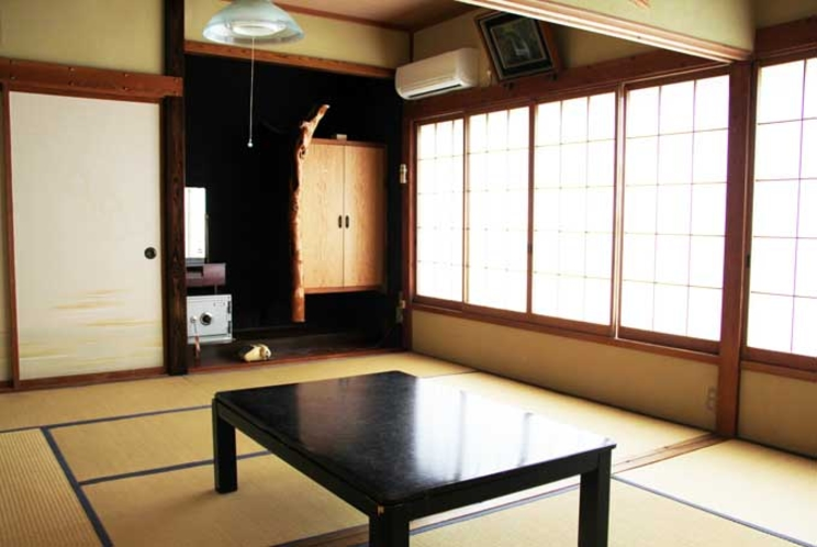 【和室12畳】・・・全室オーシャンビュー