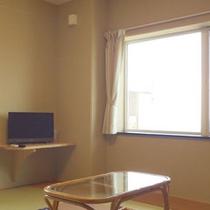*【客室一例】畳のお部屋でのんびり♪足を伸ばしてお寛ぎ下さい。