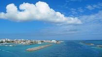 【石垣の青い海】2