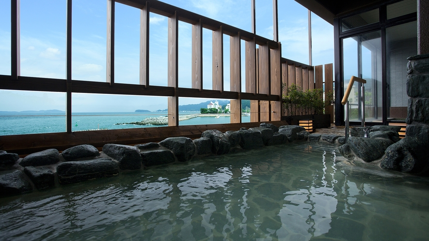 展望浴苑「風の音・波の音」露天風呂