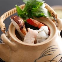 錦秋鱧と松茸の土瓶蒸し≪料理イメージ≫