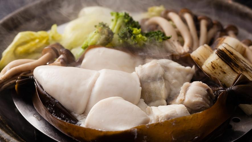特選ふぐづくしコースならではの贅沢な一品「ふぐと白子の蒸気蒸し」≪料理イメージ≫