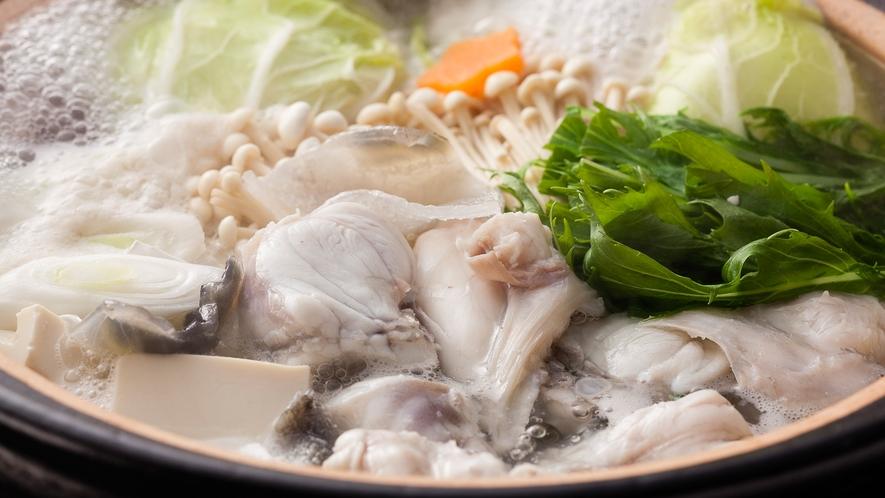 ふぐならではの独特の旨みをストレートにご堪能頂ける淡路島3年とらふぐのてっちり鍋≪料理イメージ≫