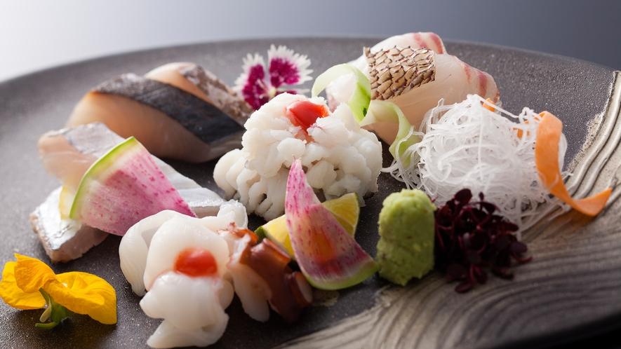 鱧といえば「沼島の鱧」と言われるほど淡路島では夏を告げる風物詩です≪料理イメージ≫