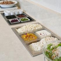無料朝食サービス(6:30~9:00)のお惣菜♪