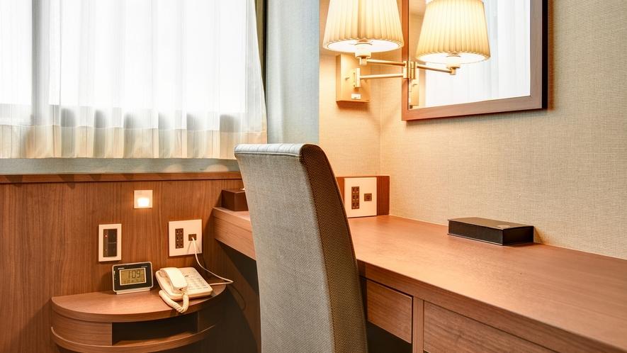 *【スタンダードシングル】茶色を基調とした落ち着きのあるデザイン性を併せ持つ客室