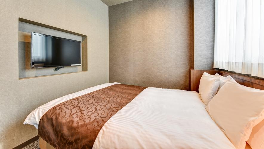 *【DXダブル】広々!23平米のお部屋です。全室冷蔵庫/アメニティ/ガウンを完備。バストイレ別