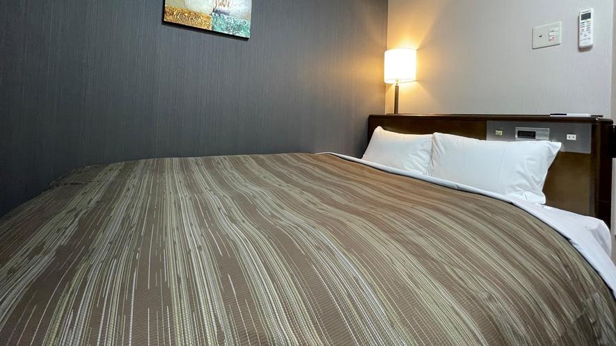 【セミダブル】ベッド幅:140cm 広さ:14㎡