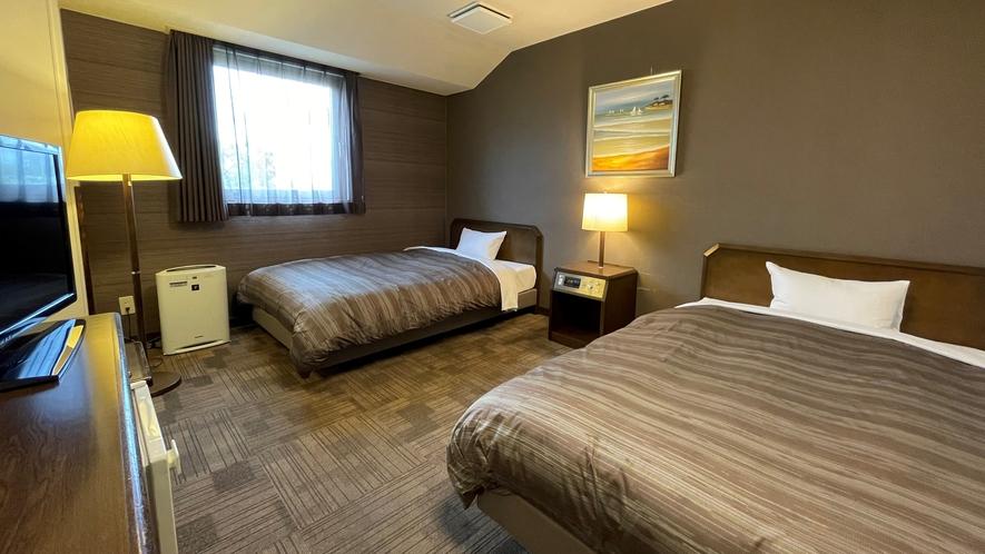 【ツイン】ベッド幅:120cm 広さ:24㎡