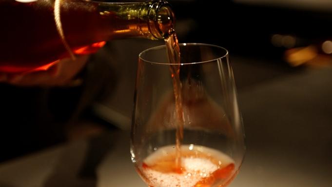 【KENZO WINE フルボトル付】プレミアムワインと旬の味覚のマリアージュ〜全室露天風呂付客室〜