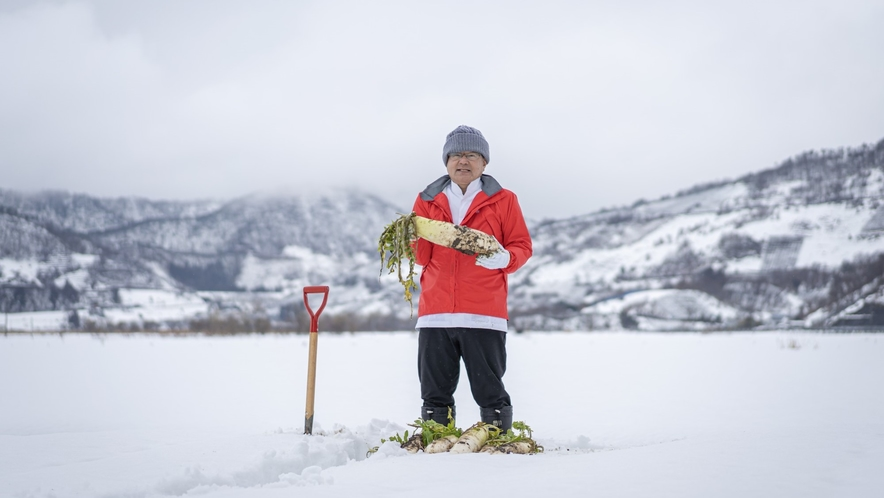 雪の下だいこん掘り/冬の瀧波の体験メニュー