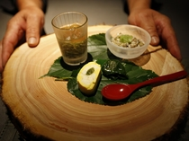 """主役は県内産の野菜。""""おいたま""""の新鮮なオーガニック野菜を提供。魚介は庄内から、肉の仕入れもこだわる"""