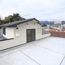 屋上の避難所