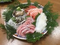 別注料理(各種お刺身盛り合わせ)