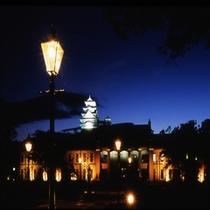 美術館ライトアップ